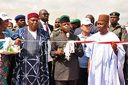 2-Vice-President-Yemi-Osinbajo-commissioning-the-vegetables-green-house-in-Taraba-state.-Flanked-on-the-left-by-Governor-Darius-Ishaku-and-on-the-right-by-Deputy-Governor-Haruna-Manu.jpg